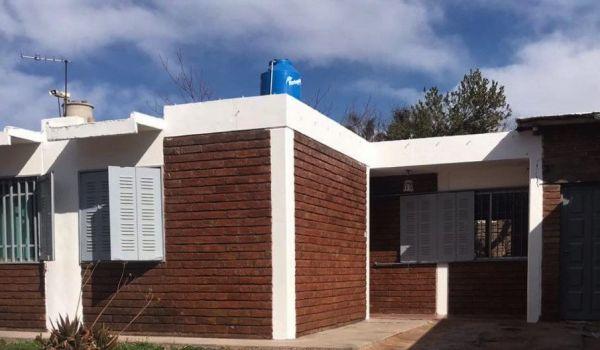 Bahía Blanca 8160 Barrio EPA, Carrodilla , Luján de Cuyo.