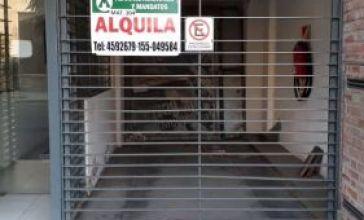 ADMINISTRACIONES Y MANDATOS - ALQUILA - COCHERA - LA RIOJA Nº 3387