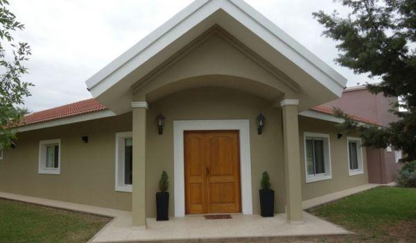 Casa En Barrio Privado 4 Dormitorios c/Pileta 280 m2 Cubiertos