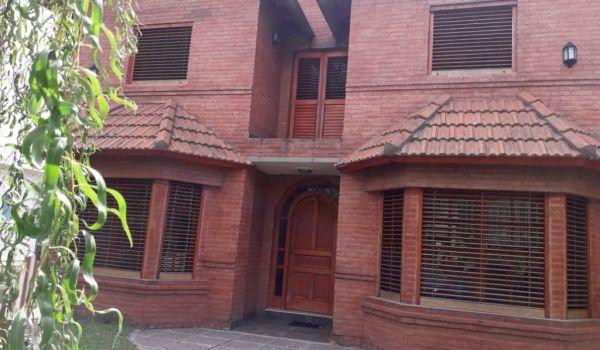 Casa en Barrio Privado 3 Dormitorios
